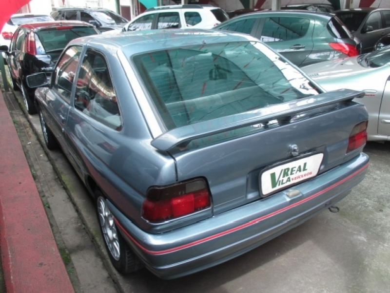 FORD ESCORT 1.8 L 8V GASOLINA 2P MANUAL
