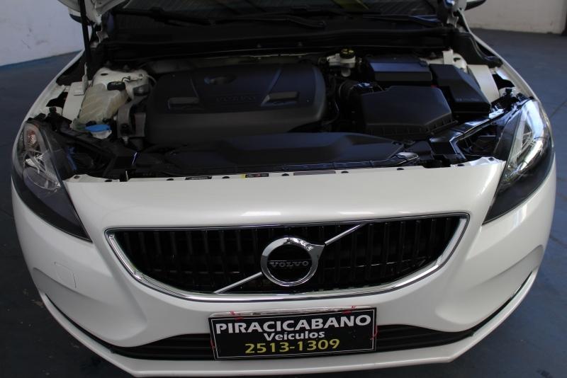 VOLVO V40 2.0 T4 KINETIC GASOLINA 4P AUTOMATICO