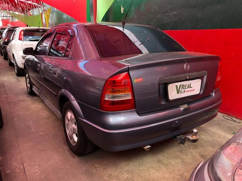 CHEVROLET ASTRA 1.8 MPFI GL 8V GASOLINA 4P MANUAL