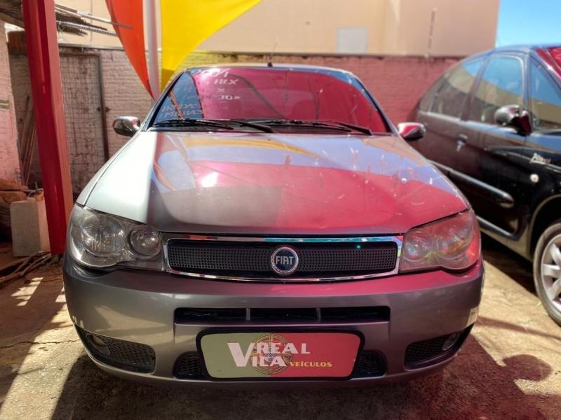 FIAT PALIO 1.8 MPI HLX 8V FLEX 4P MANUAL
