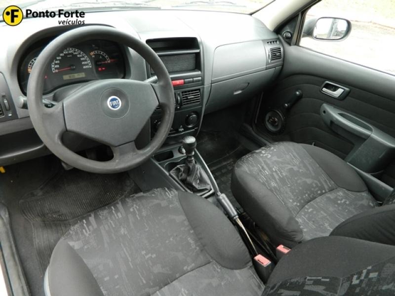 FIAT STRADA 1.8 MPI TREKKING CE 8V FLEX 2P MANUAL