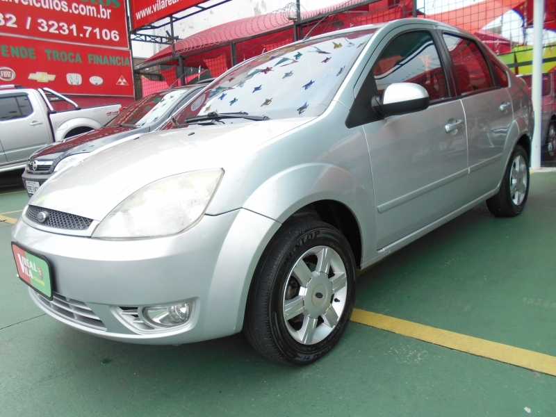 FORD FIESTA SEDAN  CLASS  KINETIC  1.6 8V FLEX