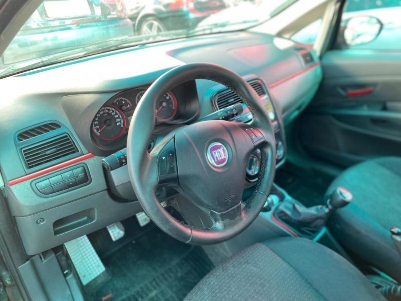 FIAT PUNTO 1.8 SPORTING 8V FLEX 4P MANUAL