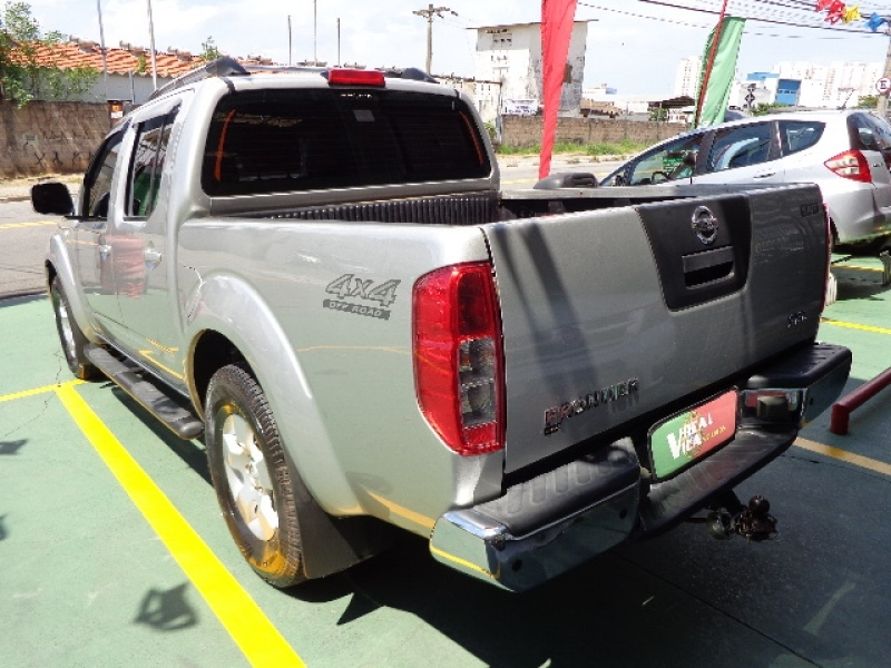 NISSAN FRONTIER 2.5 SEL 4X4 CD TURBO ELETRONIC DIESEL 4P AUTOMATICO