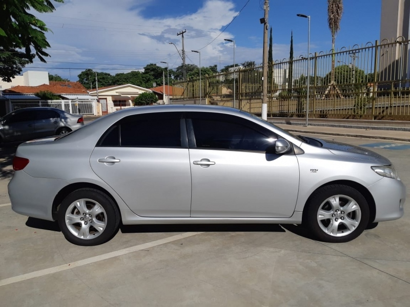 TOYOTA COROLLA 1.8 XEI 16V FLEX 4P MANUAL