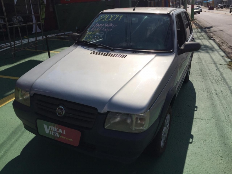 FIAT UNO 1.0 MPI MILLE WAY ECONOMY 8V FLEX 2P MANUAL