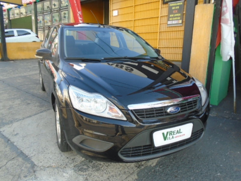 FORD FOCUS SEDAN GHIA KINETIC  2.0 16V