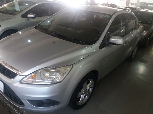 FORD FOCUS SEDAN GLX(KINETIC) 2.0 16V
