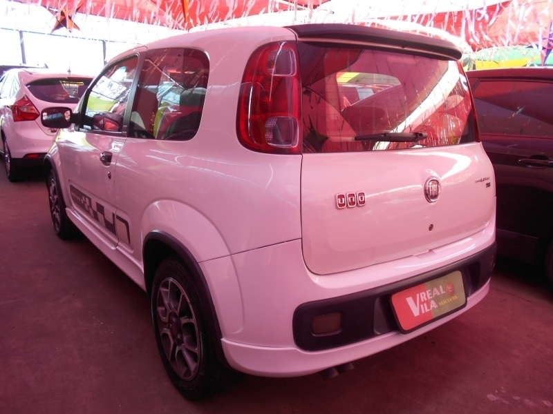 FIAT UNO 1.4 SPORTING 8V FLEX 2P MANUAL