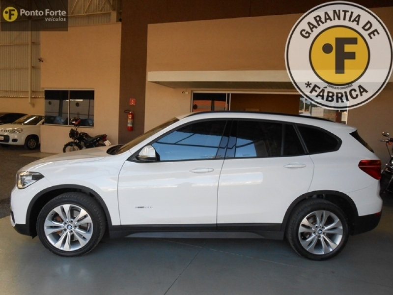 BMW X1 2.0 16V TURBO ACTIVEFLEX SDRIVE20I 4P AUTOMATICO