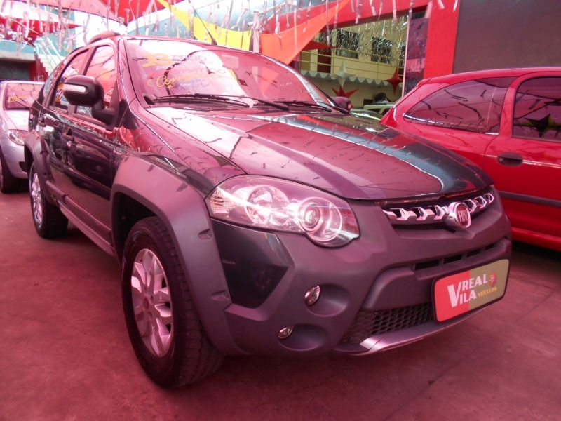 FIAT PALIO 1.8 MPI ADVENTURE WEEKEND 16V FLEX 4P AUTOMATIZADO