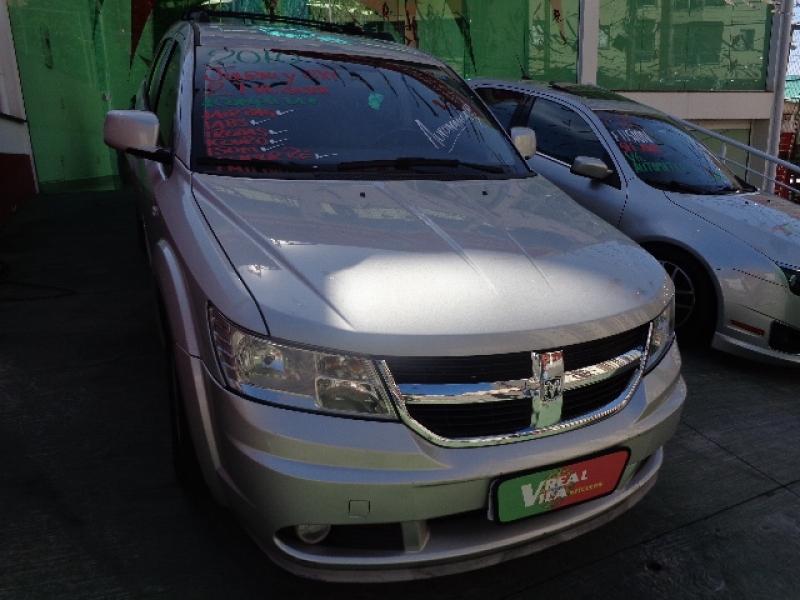DODGE JOURNEY 2.7 SXT V6 GASOLINA 4P AUTOMATICO