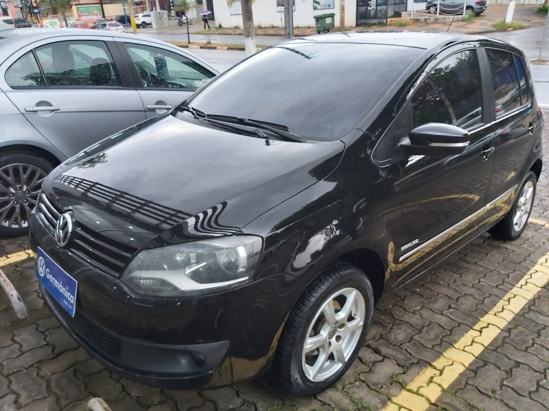 VOLKSWAGEN FOX 1.6 MI HIGHLINE 8V FLEX 4P MANUAL
