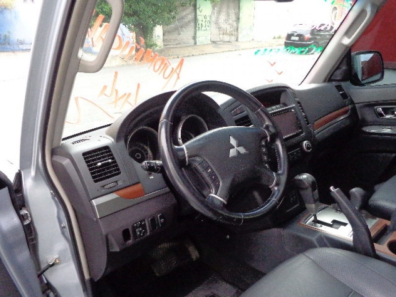 MITSUBISHI PAJERO 2.5 HD 4X4 8V TURBO INTERCOOLER DIESEL 4P MANUAL