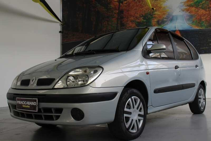 RENAULT SCENIC 1.6 RT 16V GASOLINA 4P MANUAL