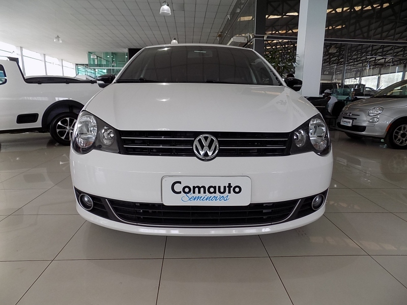 POLO 1.6 MI SPORTLINE 8V FLEX 4P MANUAL cheio