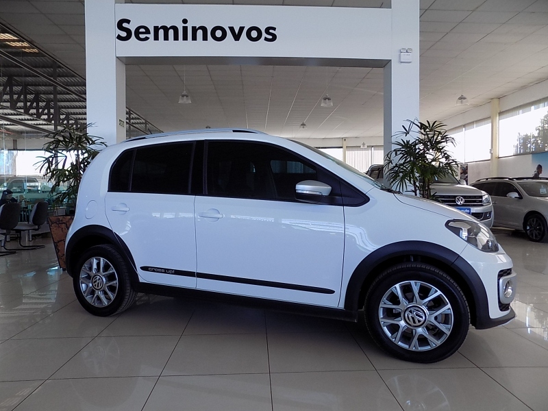 CROSS UP 1.0 TSI 12V FLEX 4P MANUAL cheio