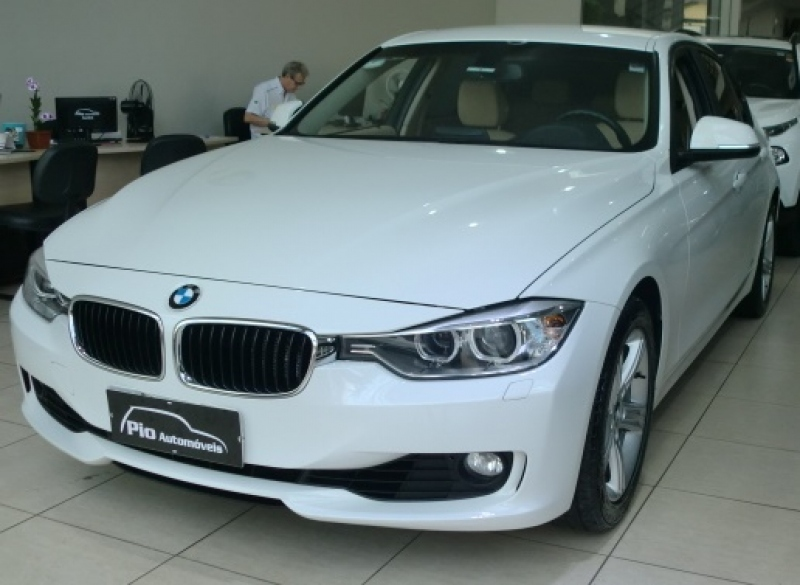 320I2.0 16V TURBO ACTIVE FLEX 4P AUTOMATICO