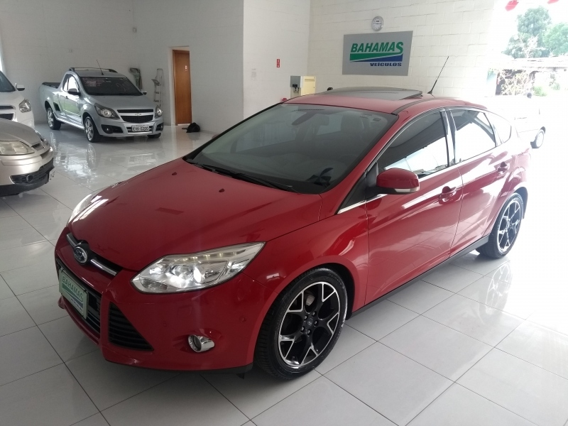 FORD FOCUS 2.0 TITANIUM PLUS HATCH 16V FLEX 4P AUTO